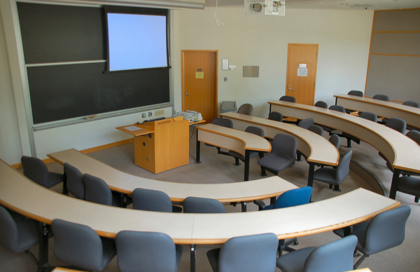 The College Classroom – A Look at Furniture and Design